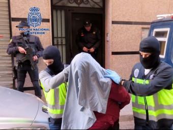 Un dels set detinguts en l'operació antigihadista Foto:ACN