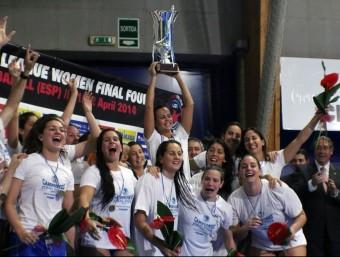 El CN Sabadell , campió d'Europa el 2014. Foto:CNS