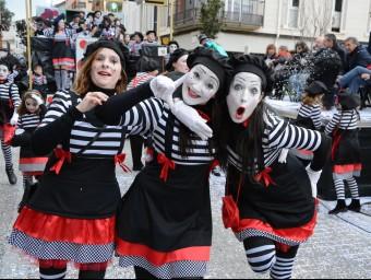 Alegria a la rua de Sant Antoni de Calonge, ahir Foto:EL PUNT AVUI