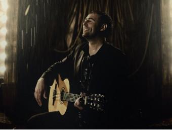 Roger Mas, en una de les tempestuoses imatges promocionals del disc Foto:DAVID RUANO