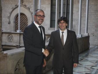 Carles Puigdemont i Miquel Buch, ahir al Palau de la Generalitat. Foto:ORIOL DURAN