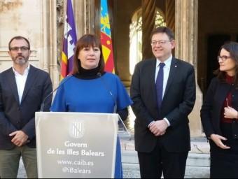 Francina Armengol, Ximo Puig flanquejats per Mònica Oltra i Biel Barceló, ahir a Palma. Foto:EUROPA PRESS