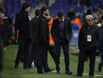 Constantin Galca capcot després del partit Foto:FERRAN CASALS