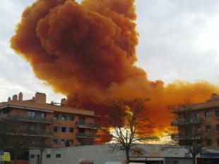 El núvol químic que es va escampar pel cel d'Igualada va obligar a confinar milers de persones de sis poblacions Foto:ACN