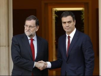 Mariano Rajoy i Pedro Sánchez, en una reunió el desembre passat  Foto:REUTERS/EFE