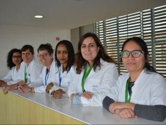 Part de l'equip de mediadores del servei de mediació intercultural de l'Institut d'Assistència Sanitària. Foto:EPA