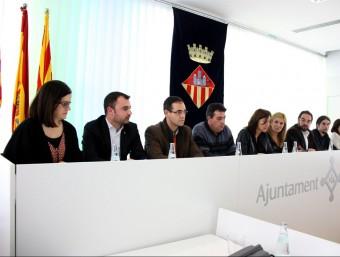 Alcaldes i regidors de vuit ajuntaments vallesans, en l'acte de suport d'ahir Foto:ACN