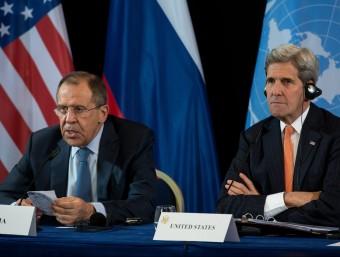 El secretari d'Estat dels EUA, John Kerry, I el seu homòleg rus, Sergei Lavrov, en una roda de premsa conjunta a Munic Foto:EFE