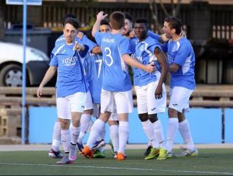 El Farners , celebrant un gol contra el Girona B Foto:Q.P