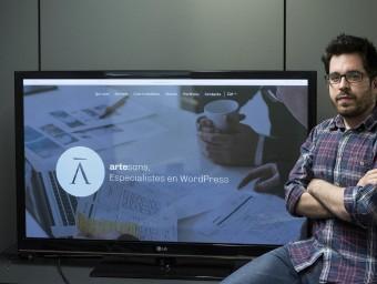 Joan Artés, cofundador d'Artesans, a la seu de l'empresa, a Barcelona.  Foto:JOSEP LOSADA