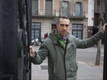 Aitor González, fundador de Txanogorritxu-Caputxeta Vermella, a Barcelona.  Foto:ORIOL DURAN