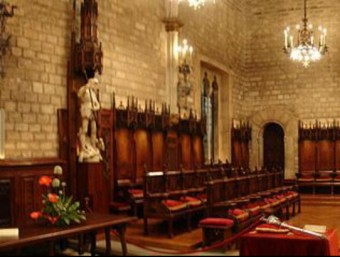 El llibre 'Facts About Catalonia' parlava de la composició del Consell de Cent de Barcelona el 1257.  Foto:ARXIU