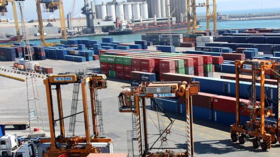 Contenidors i grues al port de Barcelona, punt d'exportació Foto:ACN