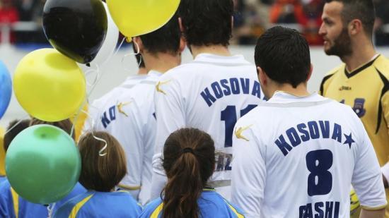 Els jugadors de la selecció de futbol de Kosova, en un partit del 2014 Foto:EFE