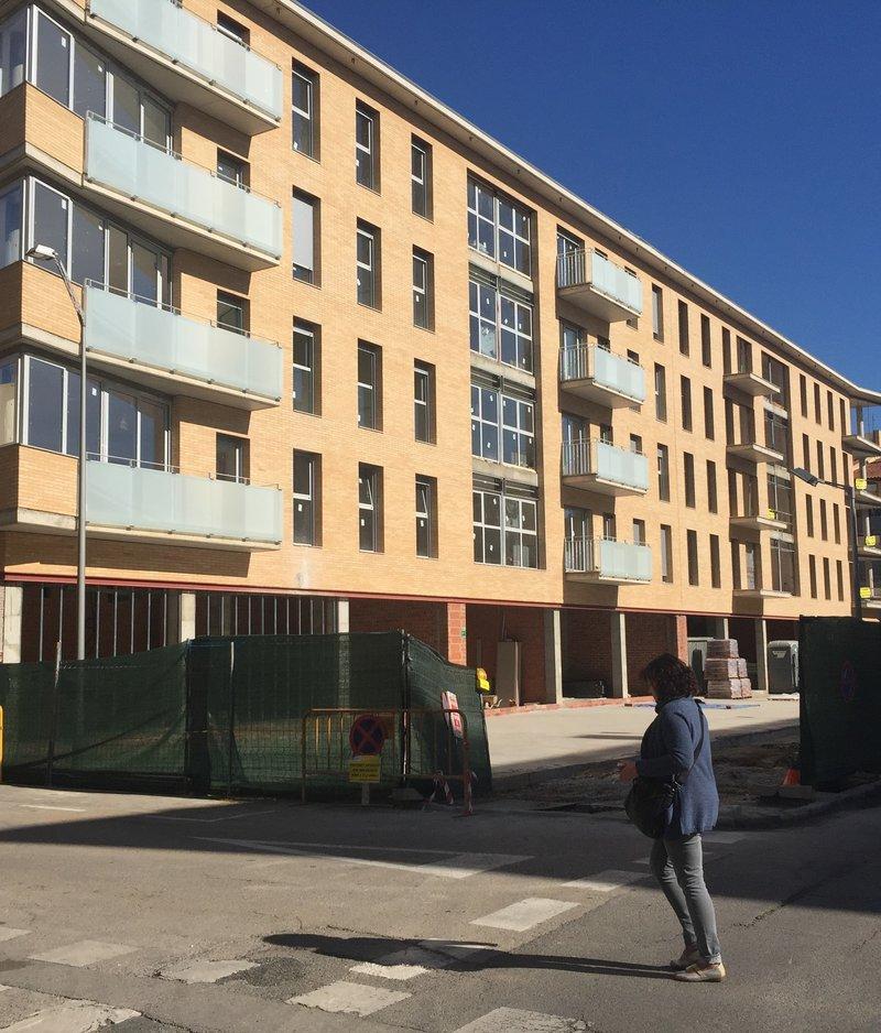 09 maig 2016 acaben l 39 obra d 39 un bloc de 60 pisos a for Pisos caixabank