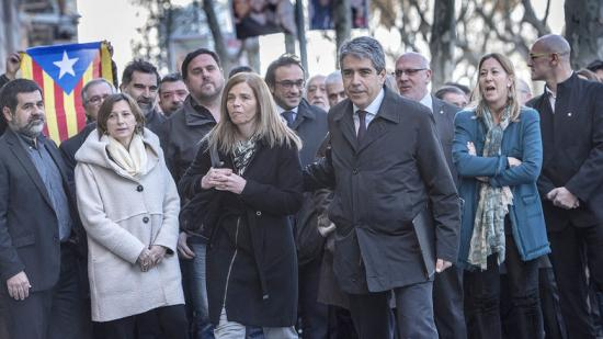 Homs, his wife