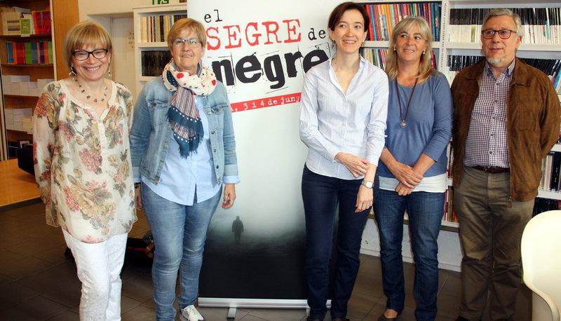 Imatge de Montse Sanjuan, Montse Parra, Eulàlia Pagès, Montse Macià i Josep Borrell ahir a la presentació del festival.