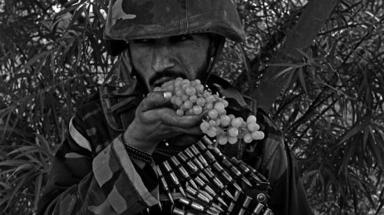 Una de les imatges de la Guerra d'Afganistan del fotoperiodista canadenc i director de 'Kandahar journals' Foto:LOUIE PALU