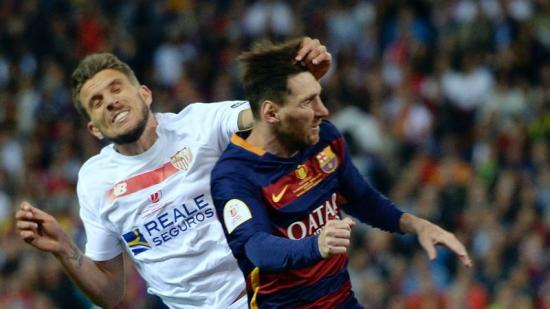 Carriço contra Messi al Calderón. Foto:AFP