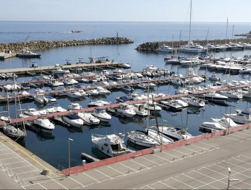 Port esportiu La Marina de Palamós, la capitania del qual és la que enguany ha registrat més matriculacions d'embarcacions.  Foto:LLUÍS SERRAT