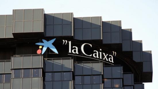 La seu de CaixaBank , al capdamunt de la Diagonal de Barcelona en una imatge d'arxiu Foto:EL PUNT AVUI