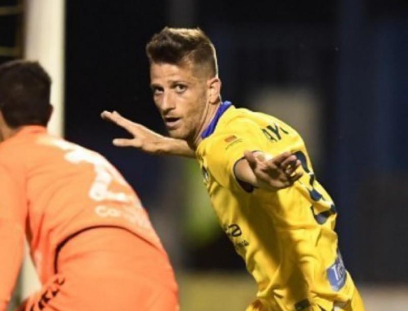 Máyor celebra un gol en l'Alcorcón-Tenerife Foto:LFP