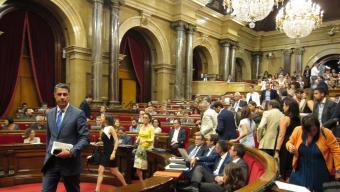 Els diputats de Ciutadans i el PP han abandonat l'hemicicle per no estar presents durant la votació de les conclusions del procés constituent Foto:EP