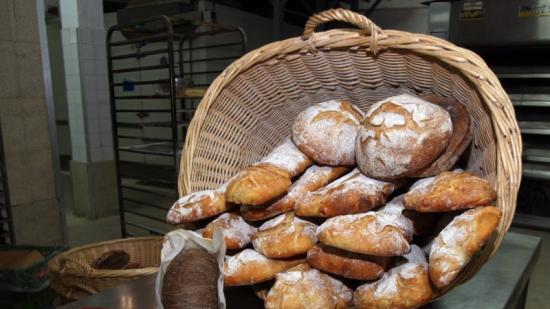 Selecció de pans artesans i creatius en un forn de Barcelona Foto:ORIOL DURAN / ARXIU