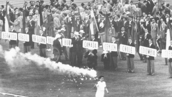 Cerimònia inaugural de Melbourne 1956 Foto:L'ESPORTIU