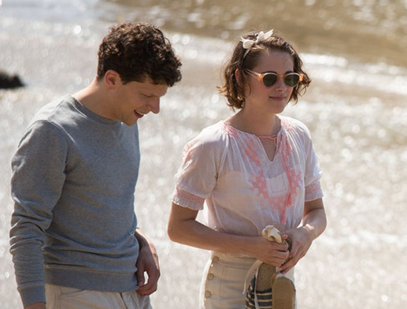 Jesse Eisenberg i Kristen Stewart protagonitzen el nou film de Woody Allen Foto:EONE