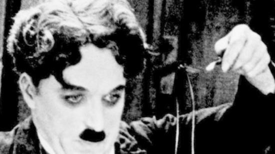 Charlie Chaplin, en el seu film 'La quimera de l'or' Foto:EL PUNT AVUI