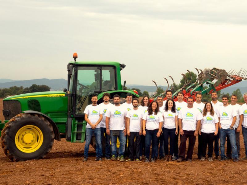 L'equip d'Agroptima en pes.  Foto:L'ECONÒMIC