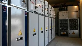 La companyia ha instal·lat dispositius electrònics per controlar a distància nou centres de transformació. Foto:EPA