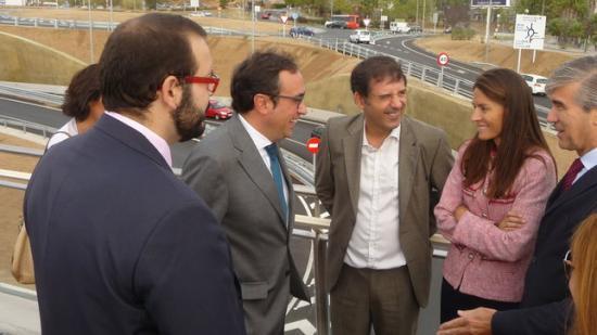 El conseller Josep Rull en la visita que va fer divendres passat als nous accessos de la C-32 a Mataró Foto:LL..M