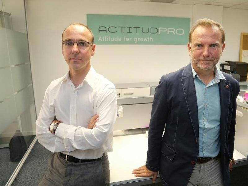 Josep i Fede Martrat, els dos socis fundadors d'ActitudPro a la seu de Barcelona.  Foto:ANDREU PUIG