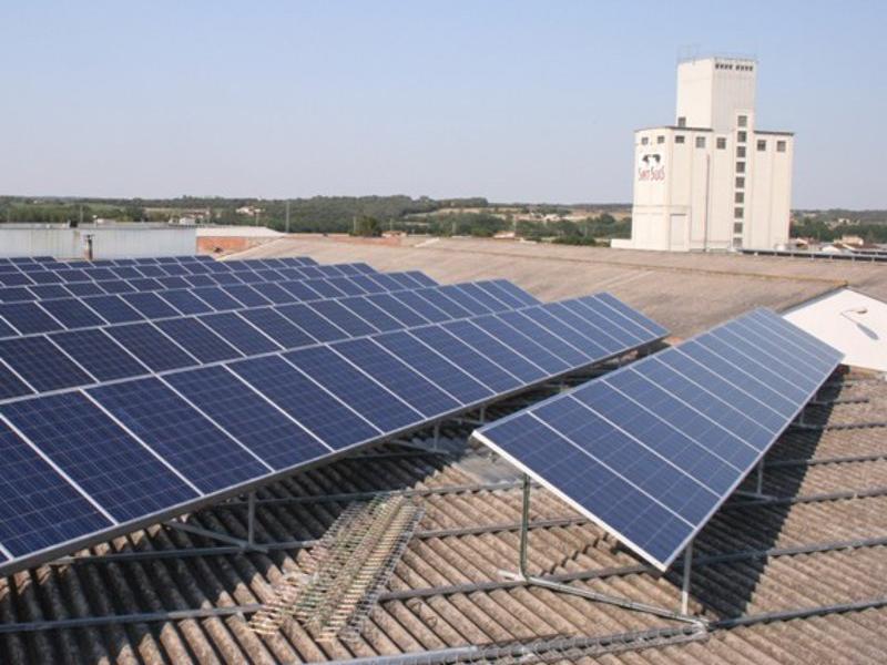 A la imatge, instal·lació fotovoltaica d'autoconsum  Foto:ARXIU