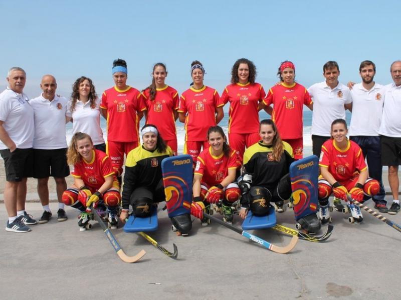 La selecció espanyola que està disputant el mundial a Xile Foto:HOCKEYIQUIQUE2016.CL