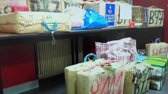 La droga que ahir van exposar els duaners captada d'una imatge de TVSud Foto:Arxiu