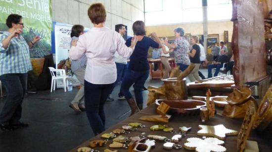 L'activitat comercial es complementa amb actes festius. Foto:Arxiu