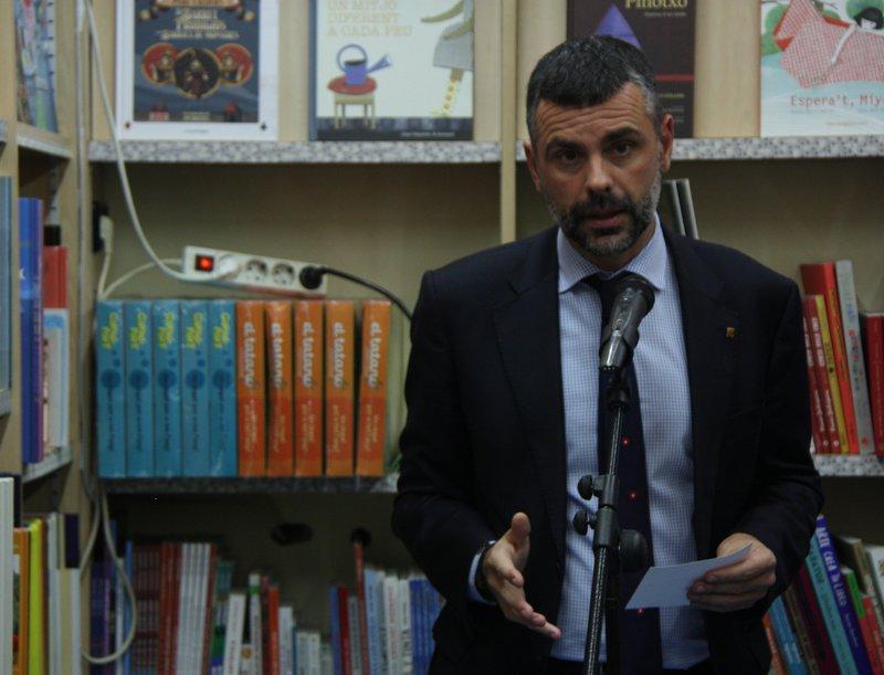 Imatge de Santi Vila a la presentació de la campanya.
