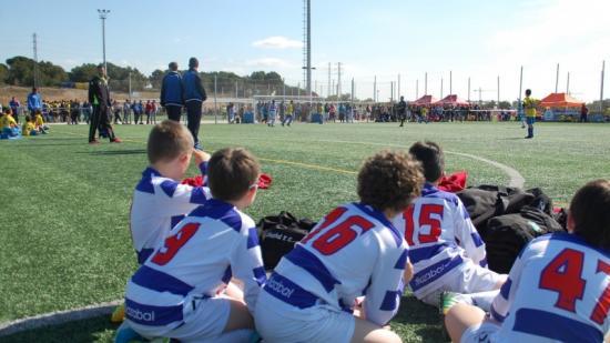 Imatge d'una competició de futbol base a Salou durant la primavera de l'any passat Foto:ARXIU