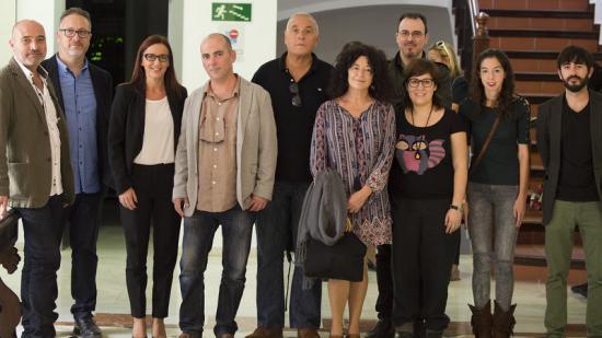 Els premiats amb Xavier Rius, Vicent Flor i la vicepresidenta M. José Amigó. Foto:ABULAILA