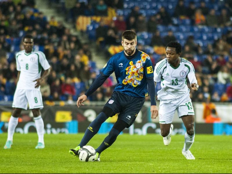 Piqué, en el partit contra Nigèria (gener 2013) Foto:JOSEP LOSADA