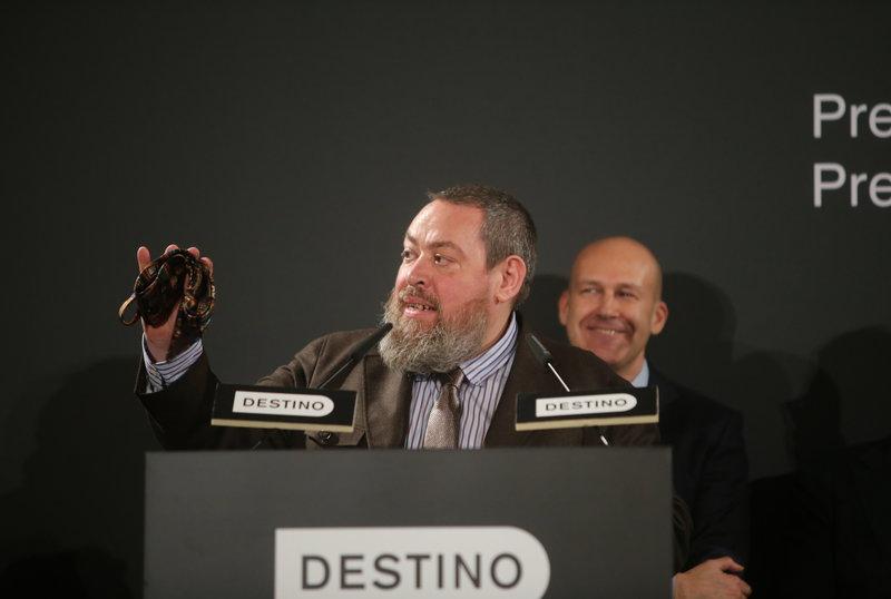Imatge de l'escriptor Xavier Theros, guanyador del Josep Pla.