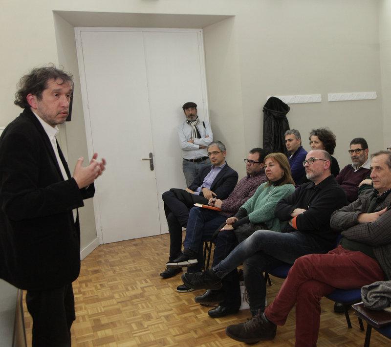 Imatge de Joan-Lluís Lluís, ahir a la presentació a Girona.