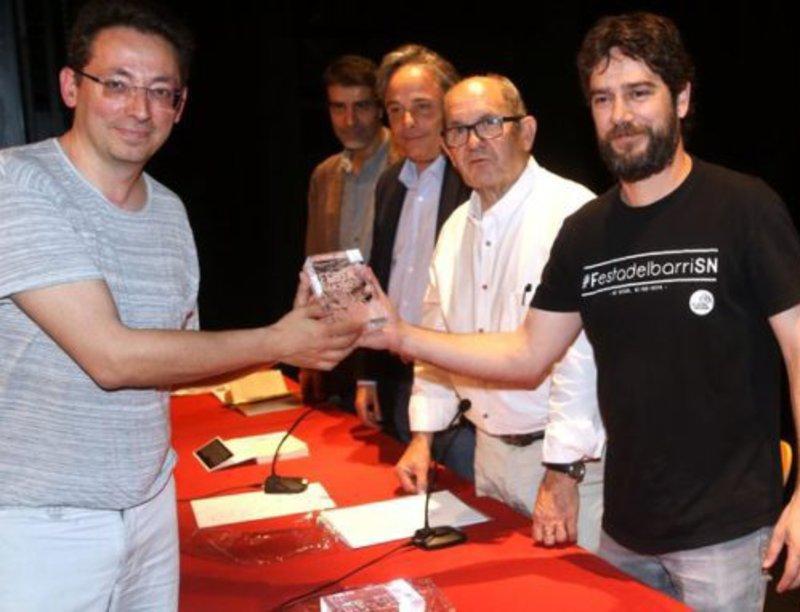 Imatge de Jordi Masó, recollint el premi.