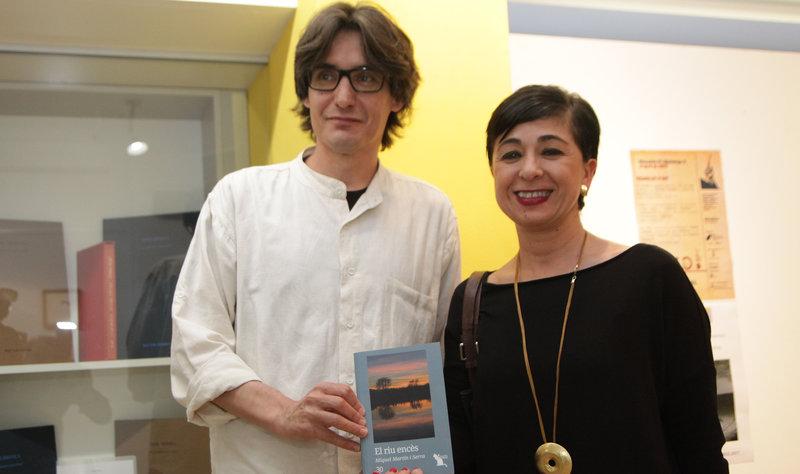 Imatge de Miquel Martín i Sílvia Planas, dilluns passat, a l'Espai 22 de Girona, on van presentar el llibre.